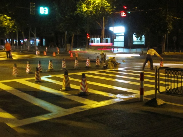 road_painted_s.jpg